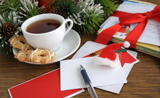 look through the holiday cards and messages youve received this holiday season and ask yourself which ones really give you that warm fuzzy feeling inside - Mailing Christmas Cards